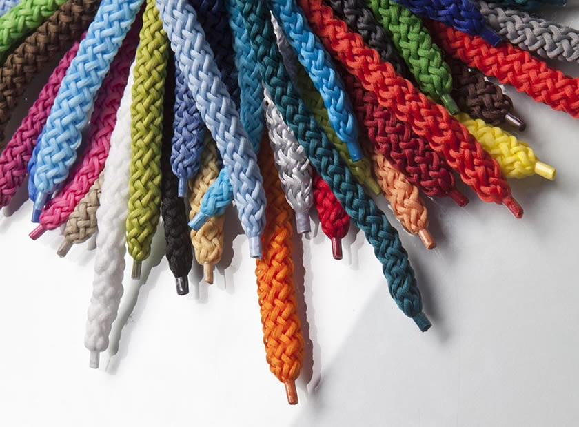 Many cord colours for the individual paper bag