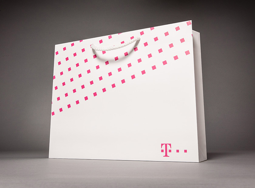 XXL printed paper carrier bag, Telekom motif